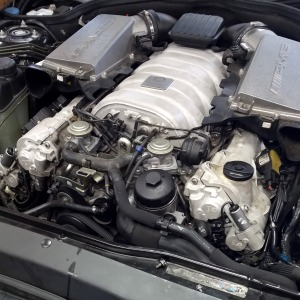 mercedes_benz_amg_63_engine_rennology